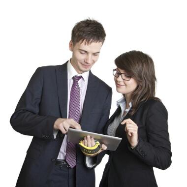 仕事は絶対人にまわさず保守。「残業がしたい同僚」の話。